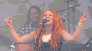 Anna Puu nautti esiintymisestä Qstockissa.