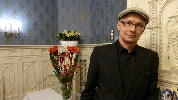 Video: Oululainen Mika Ronkainen sai taidetoimikunnan tämän vuoden taiteilijapalkinnon.