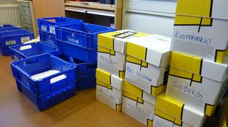laatikoita, joissa on anvian osakkaiden valtakirjoja