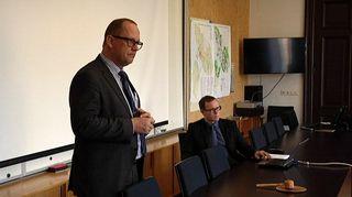 Vaasan kaupunginjohtaja Tomas Häyry esitteli torstaina vuoden 2015 talouden tasapainotusohjelmaa.