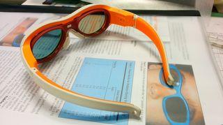Karsastuksen hoitoon kehitetyt uudenlaiset silmälasit.