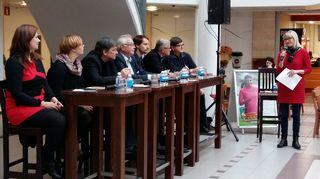 Video: Seinäjoen kaupunginvaltuutettuja Torikeskuksessa