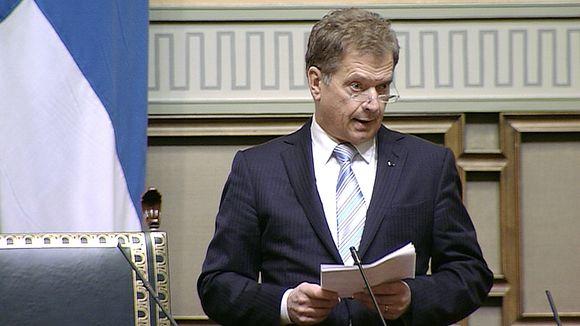 Presidentti Sauli Niinistö puhumassa valtiopäivien avajaisissa.
