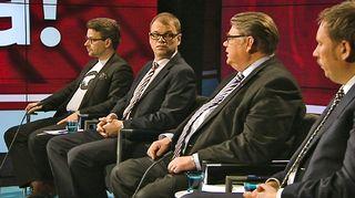 Vaalien välissä -keskustelu Ylen studiolla.