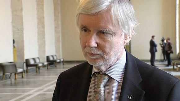 Ulkoministeri Erkki Tuomioja.