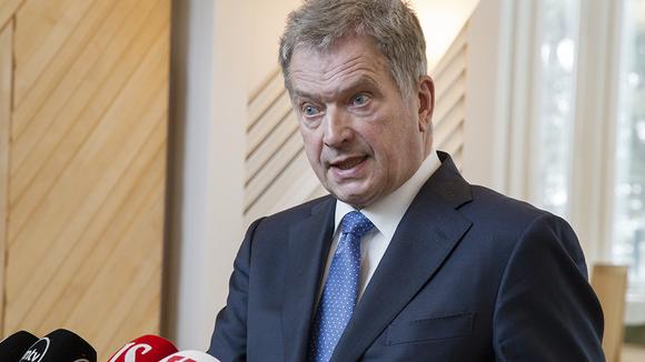 Tasavallan presidentti Sauli Niinistö tiedotustilaisuudessa Mäntyniemessä Helsingissä 24. helmikuuta 2016.