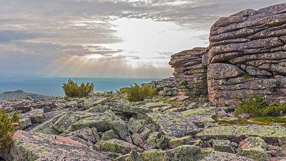 Pyhä-Nattasen graniittipaadet