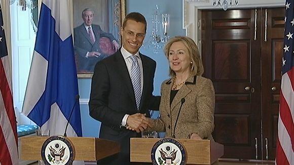 Ulkoministerit Alexander Stubb ja Hillary Clinton.