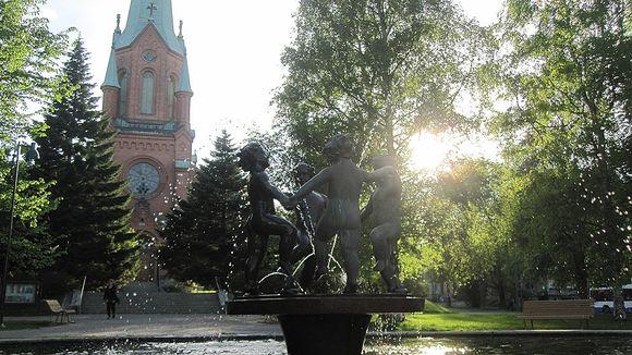 kiinnostunut mies Kuopio