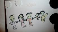 lapsen piirrustus Tamperee turvakodin seinällä