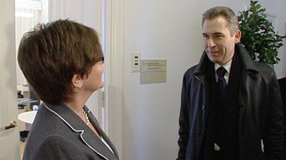 Turun peruspalvelujohtaja Riitta Liuksa ja Venäjän lapsiasiainvaltuutettu Pavel Astahov.