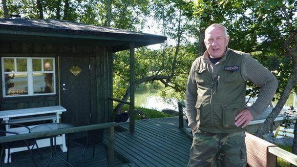 - Juhannusaattona on sauna lämmin heti iltapäiväkolmesta alkaen, kertoo Henrik Tamminen