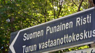 Turun vastaanottokeskus sijaitsee kaupungin laitamailla Pansiossa.