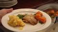 Video: Lounasruokaa lautasella.