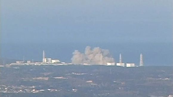 Kuvasta näkyy, että Fukushiman ydinvoimalassa on räjähtänyt.