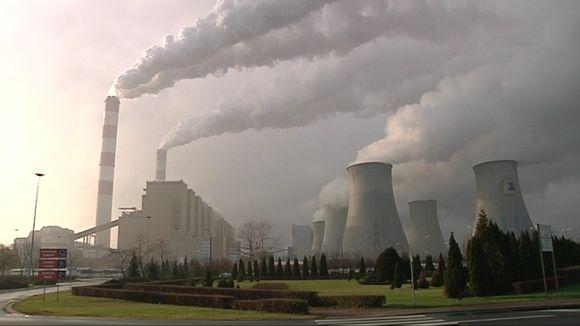 Belchatowin hiilivoimala on yksi maailman suurimpia fossilista polttoainetta käyttäviä voimalaitoksia.