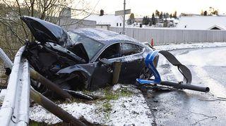 Kolaroinut Audi. Valokuva on otettu Norjassa toukokuussa 2014.