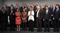 EU ulkoministerien ryhmäkuva.