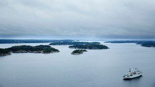 Ilmakuva HMS Kullen -laivasta Ruotsin saaristossa 19. lokakuuta.