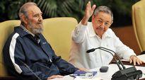 Fidel Castro ja Raúl Castro.