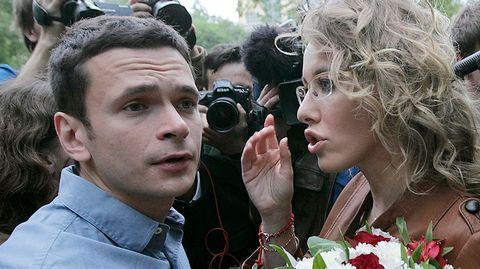 Oppositioaktivistit Ilja Jashin ja Ksenia Sobchak.