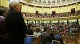 Espanjan parlamentissa vietettiin hiljaista hetkeä lentoturmassa kuolleiden muistoksi 24. maaliskuuta.