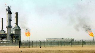 Öljyntuotantolaitos Jemenissä.
