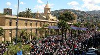 Libanonin armenialaisvähestön kansanmurhan 100-vuotisjuhlan muistomarssi Anteliasissa, Beirutissa 24. huhtikuuta 2015.