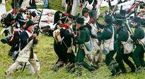 Historian harrastajat näyttelivät Waterloon taistelua Belgiassa 17. kesäkuuta 2012.