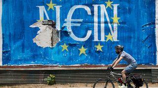 Graffiti jossa lukee nein saksaksi mutta kuulostaa kyllä kreikaksi.