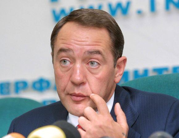 Mihail Lesin.