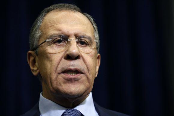 Venäjän ulkoministeri Sergei Lavrov ilmoitti peruvansa Turkin-matkansa venäläisen Suhoin pudottamisen jälkeen.