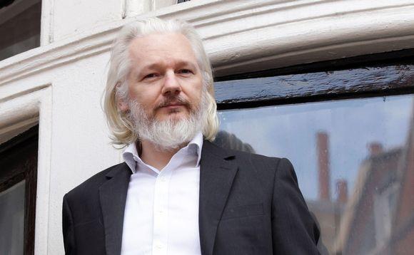 Julian Assange valokuvassa, joka on julkaistu 22. elokuuta 2015.