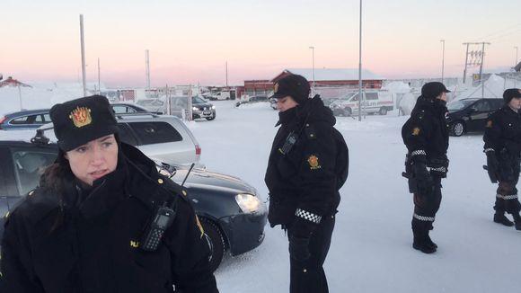 Norjalaisia poliiseja Kirkkoniemellä.
