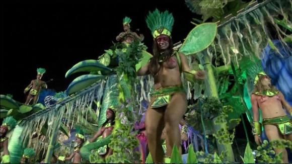 Video: Sambakarnevaalien 2016 ensimmäinen ilta