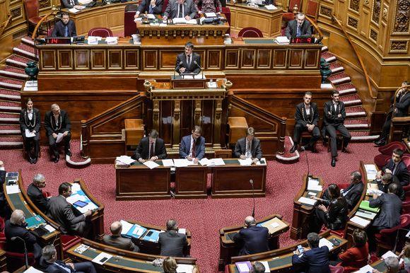 Ranskan senaatti keskusteli kansallisesta poikkeustilasta marraskuussa.