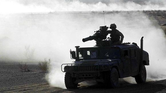 TOW-panssarintorjuntaohjus.