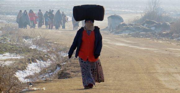 Pakolaiset saapumassa Makedoniasta Serbiaan tammikuussa 2016.