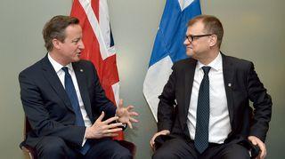 Britannian pääministeri David Cameron ja Suomen pääministeri Juha Sipilä EU-huippukokouksessa Brysselissä kesäkuussa 2015.