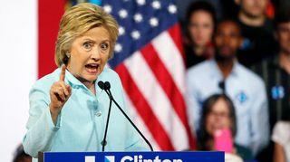 Demokraattien presidenttiehdokkaaksi pian nimitettävä Hillary Clinton kampanjoi viikonloppuna Floridassa.