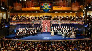 Nobel-seremonia Tukholman konsertitalossa.