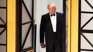 Trump saapumassa virkaanastujaisiinsa.