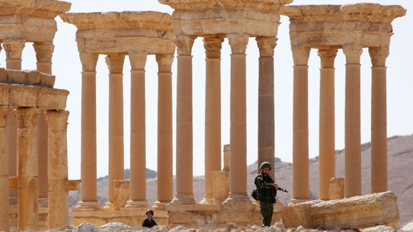Palmyran tetrapylon toukokuussa 2016