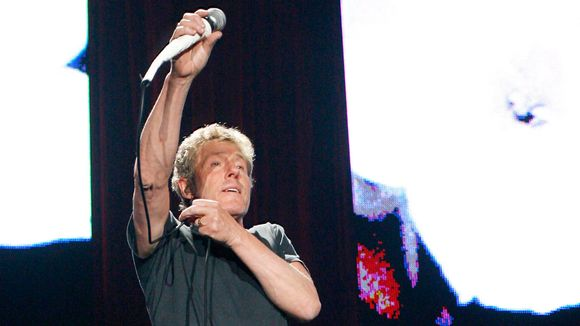 The Whon laulaja Roger Daltrey lavalla.
