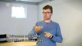 Video: Janne Kankkonen viittomassa.
