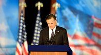 Republikaanien Mitt Romney tunnustaa tappionsa kannattajilleen puolueensa vaalivalvojaisissa.
