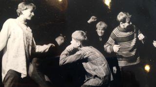 Tässä kuvassa Jorma Uotinen on esiteini-ikäinen ja parhaillaan näyttämöllä Porin teatterissa.