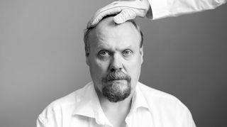 Radioteatteri esittää: Paaria. Kuvassa Hannu-Pekka Björkman.