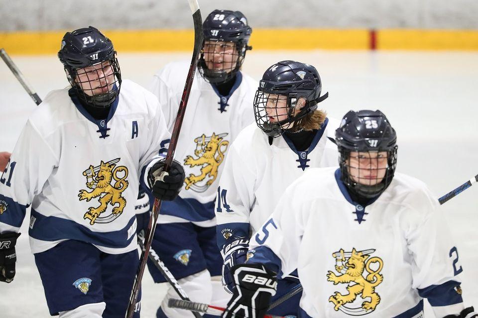 Finland S Young Lionesses Nab World Ice Hockey Bronze Yle Uutiset
