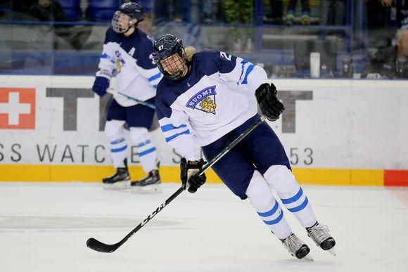 Eemeli Räsänen teki Suomen avausmaalin alle 18-vuotiaiden MM-finaalissa.